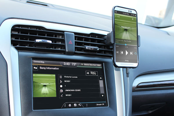 Wirelinq Android Car USB Integration for Music
