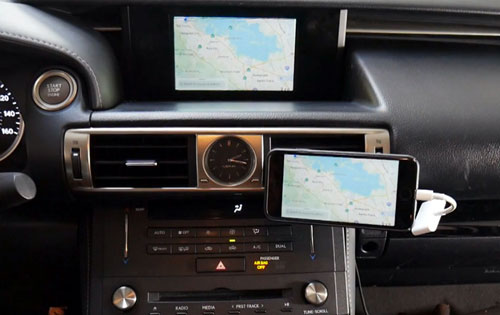 Car Stereo Smartphone Mirroring Interface